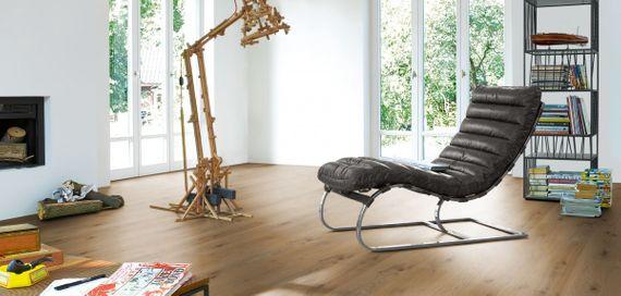 PARADOR Laminat Classic 1050 Eiche Tradition natur Eleganzstruktur 4-V-Fuge Landhausdiele – Bild 4